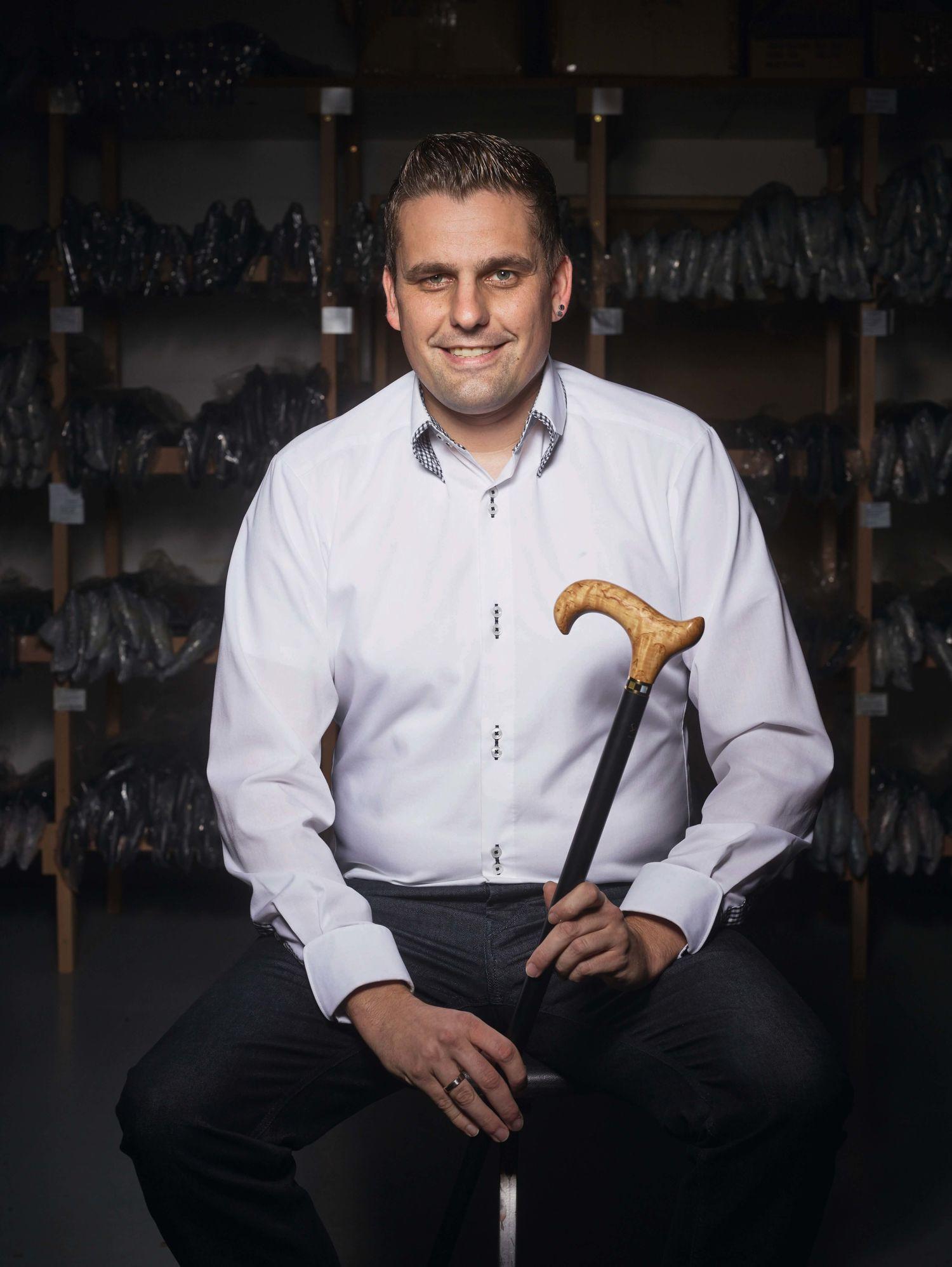 Daniel Simon, Verkaufsleiter